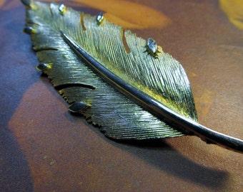 Antique Gold  Leaf Vintage Brooch