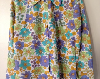 Amazing Retro 70s Blouse With Large Collar