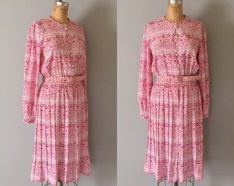 pink confetti dress / 1980s belted day dress / flouncy pleated skirt