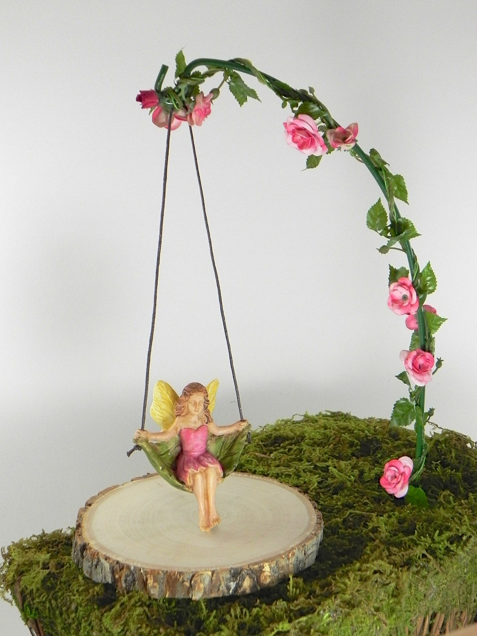 Fairy garden accessories miniature swing with artificial rose for Outdoor decor accessories