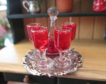 Dollhouse Miniatures - Glass Wine Decanter with 4 Wine Glasses Filled on Tray -