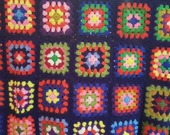 vintage Afghan, vintage throw, crocheted afghan, granny squares, 1970s
