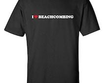 I Love Beachcombing Heart  Men Women T-Shirt