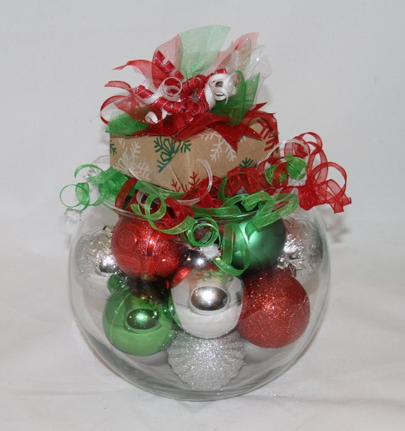 Christmas centerpiece red green and white holiday decor for Red and green christmas decorations