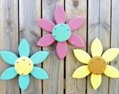 SET OF 3 Outdoor Wall Art Flowers, Wood Yard Art, Reclaimed Wood Wall Art, Country Home Decor, Outdoor Garden Decor, Colorful Wall Art