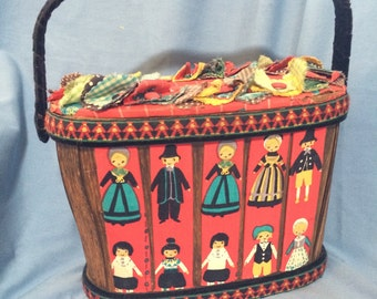Folk Art PURSE Sewing Basket Handmade Vintage Wood Happy Colonial Faces People - Maral York Ltd. UNUSUAL & Rare!