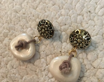 Very nice vintage pierced earrings