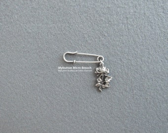 Micro charm brooch _ Rose