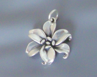 Sterling Silver Lily Flower Charm / Pendant, 3D