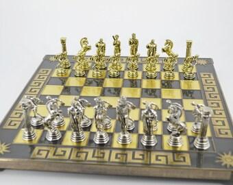 Discobolus chess set (32Χ32cm) / Bronze chess board