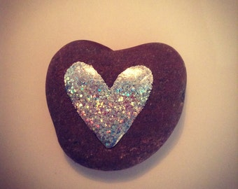 Sparkle love pebble 5cm
