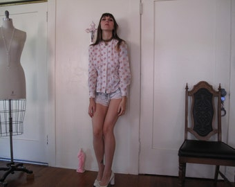 70's Floral Button up with Waist Detail sz Sm