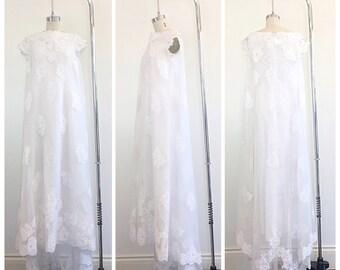 60s White Cap Sleeve Lace Babydoll Wedding Dress / 1960s Vintage Cape Floral Applique Bohemian Bridal Gown / Medium / Size 6