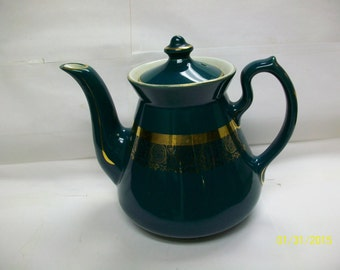 Hall teapot  green with gold trim
