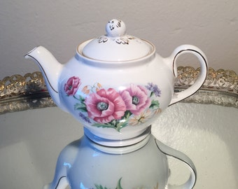 Gorgeous Floral Sadler Tea Pot