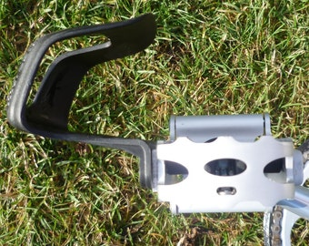 Strapless Toeclips for Brompton Bikes  (Toe Clips)