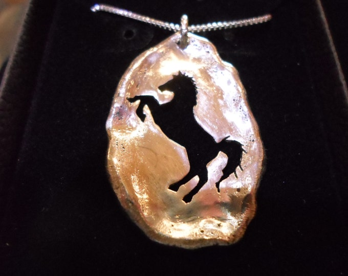"large 37mm- 24mm Melted solid back horse w/20"" sterling silver box chain"