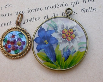 Lot 2pcs vintage hand painted pendant ceramique pendant hand made pendant flower floral gold tone bronze pendant