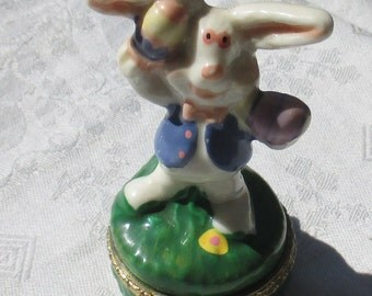 Retro Easter Bunny Ceramic Trinket Box