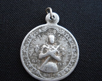 Rare antique religious french medal of Joan of Arc / Jeanne d'Arc with sword and Saint Michael. ( 5 )