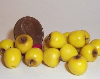 Miniature Dollhouse Realistic ONE Golden Delicious Apple Fruit Foods 1:12 #2012