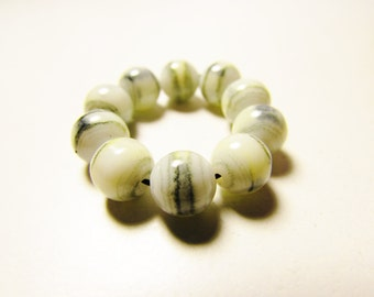 D-00924 - 10 Glass beads 8mm White-Grey