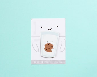 Milk holding Cookie Fridge Magnet