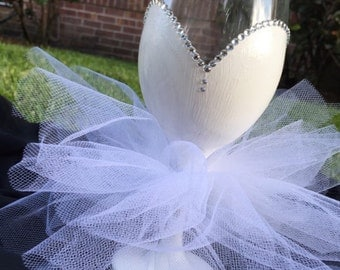 Bride Wine Glasses with Tutu