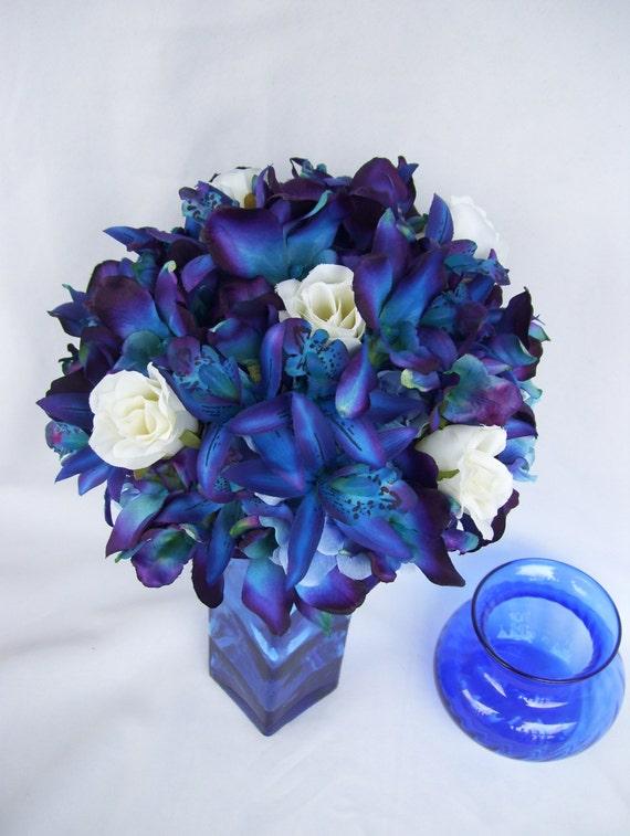 Penny's Bridal Bouquet Blue Violet Dendrobium