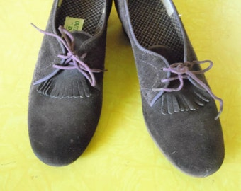 Oxfords, Womens Oxfords, Leather Shoes, Womens Shoes, Chunky Heels, Oxford Shoes Women, Vintage Shoes, Brown Shoes, Heels, Dress Shoes