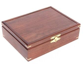 Black walnut Felt lined Box
