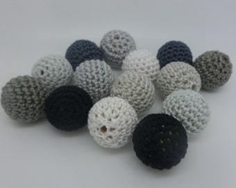 14 beads 20mm grey crochet