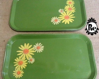 Vintage Home Decor Green Metal Serving Trays with Yellow Daisies