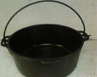 Griswold cast iron kettle