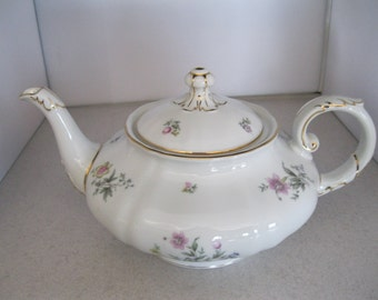 "Franconia-Krautheim Pattern ""Millefleur"" Tea Pot & Lid***4""/4 Cups***Gently Used"