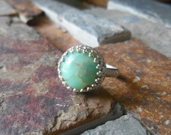 Chrysoprase sterling silver ring, metalwork ring, May birthstone ring, gemstone ring, statement ring, green ring
