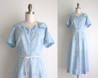 "1950s Dress / Vintage 1950s Dress / Blue Polyester Day Dress 29.5"" Waist"