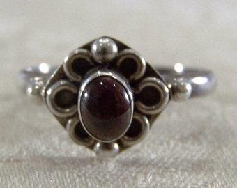 Vintage Sterling Silver Rhodolite Garnet Filigree Ring, Size 10 Jewelry **RL