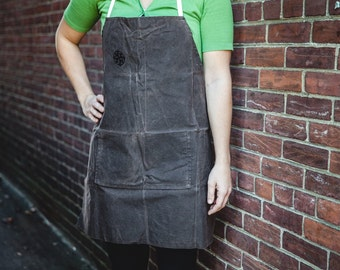 Waxed canvas apron Wayfarer barista apron - Craftsman Wide Bib