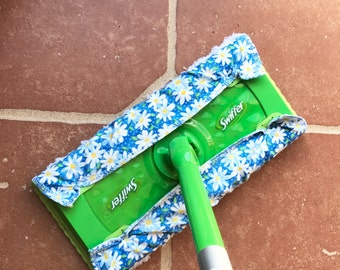 Reusable Swiffer Pads Swiffer Dry Pad Refill Swiffer Wet Mop Refill Pad --- White Daisies on Blue--- Pack of TWO
