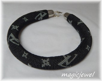 LV » bead crochet rope