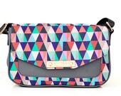 NEW - Contemporary Canvas Women's Handbag/ Cross body/ Messenger/ Satchel/ Sling Bag - Geo Zigzag