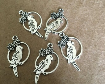 Lovely Bird charms (10 pieces)