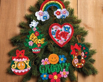 Bucilla Love, Peace, Hippie Santa ~ 6 Pce. Felt Christmas Ornament Kit #86418 DIY