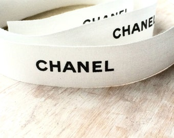100 authentic chanel multi colored signature double cc logo for Authentic chanel logo t shirt