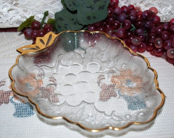 Crystal Clear Textured Grape Shaped W/ Gold Trim Serving Dish