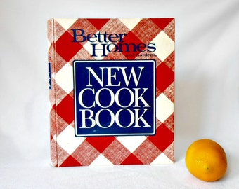 Vintage Better Homes and Gardens New Cook Book - 1989 10th Edition Ring Bound Edition Second Printing - Red Plaid Washble Book Cover