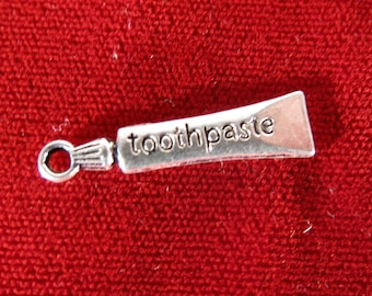 """10pc """"toothpaste"""" charms in antique silver style (BC523)"""