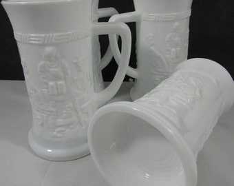 Vintage Milk Glass Beer Mugs Tavern Genre Olde English Pub Craft Beer Set of 4 Octoberfest