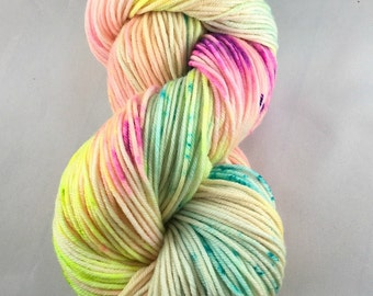 Hand dyed yarn, pastel dyed yarn, hand dyed worsted yarn, hand dyed sock yarn, hand dyed DK yarn, hand dyed SW merino, yarn in handmade